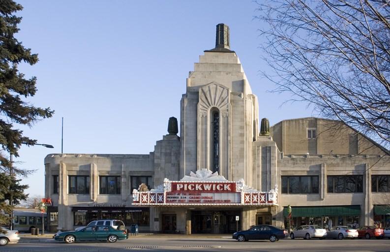 Attracting Movie Stars And Politicians Park Ridge